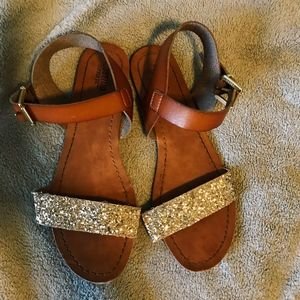 Like New Brown, Glitter Sandals!